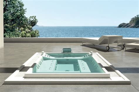 prodotti per vasca idromassaggio acqua spa costruzione idromassaggi e minipiscine spa