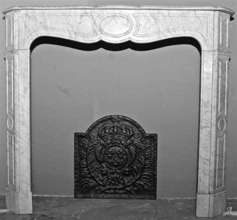 chemin 233 e pompadour en marbre blanc artisans du patrimoine