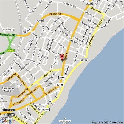 Bath Shower Cubicle 2 bedroom flat to rent in seaside eastbourne bn22