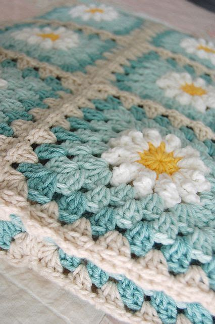 granny square pattern crochet youtube crochet daisy granny square pattern youtube video free