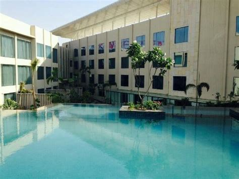 theme hotel tonk road jaipur crowne plaza jaipur fitness centre picture of crowne