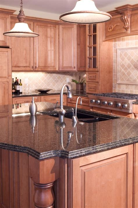 Kitchen Cabinets And Granite Countertops by Best 25 Granite Tile Countertops Ideas On