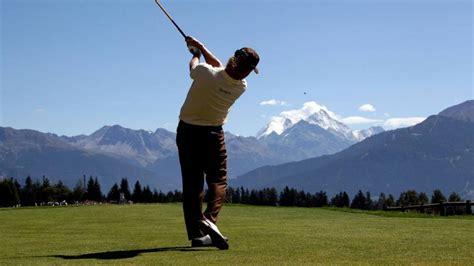 average golf swing golf news mizuno treats average quot joes quot like pros