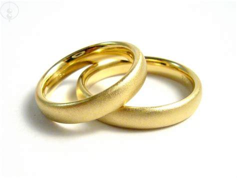 Eheringe Schlicht Gold by Eheringe Schlichte Eheringe Klassiker In 750er Gold