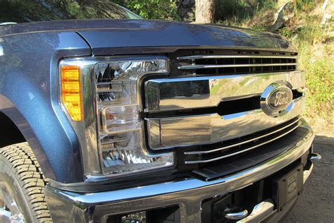 2017 super duty clearance lights 2017 ford super duty first drive digital trends