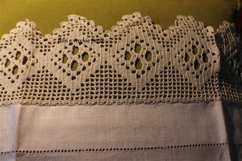 bordure all uncinetto per mensole bordi all uncinetto per asciugamani fiorievecchiepezze
