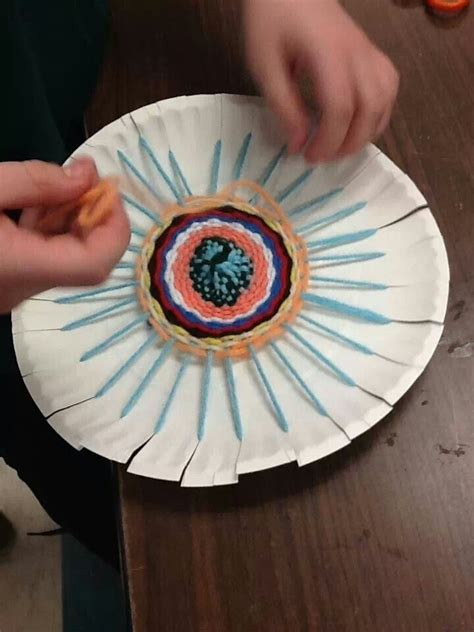 paper plate weaving craft easy circle weaving for make a beautiful set of