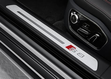 Audi S8 Top Speed Audi Unveils S8 Plus With 605 Hp And 305 Km H Top Speed