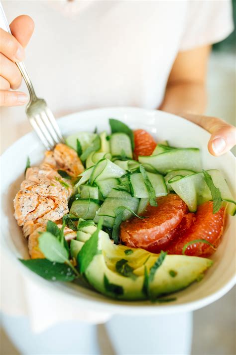 Cucumber Detox Salad by This Detox Salad Will Give You All The Spa Vibes Camille