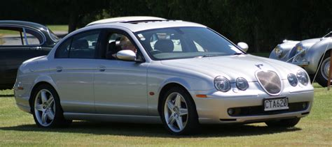 how things work cars 2003 jaguar s type electronic valve timing file 2003 jaguar s type flickr 111 emergency jpg wikimedia commons