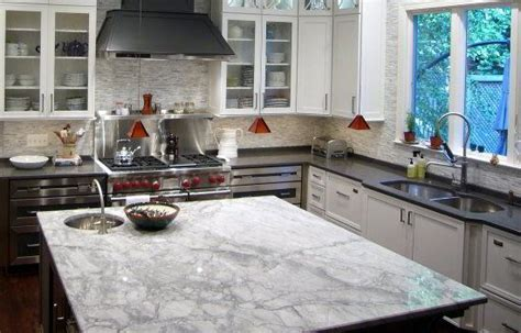 quartz kitchen island countertop that looks like carrara