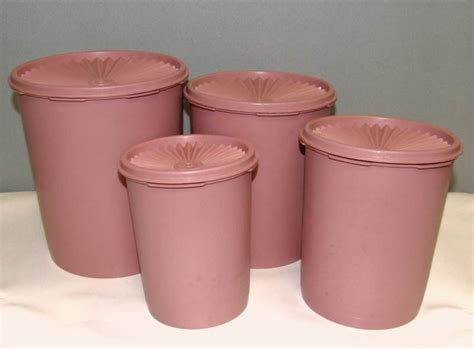 Tupperware Compact Canister 4pcs Pink Kuning free vintage tupperware servalier decorator canister set mauve pink kitchen listia