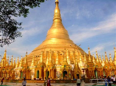 6 Reasons to Visit the Shwedagon Pagoda in Yangon   To