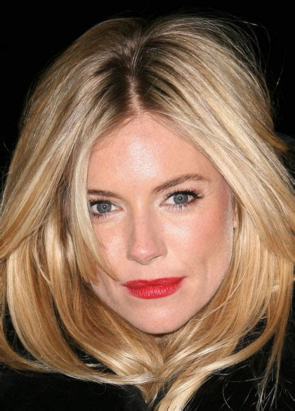 whatbhair texture does sienna miller have celebrity makeup emma stone big eyes and pink lips