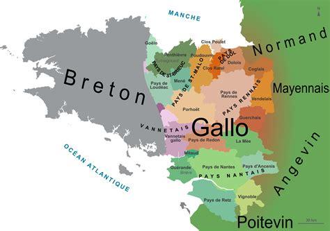 language fr ca la langue dans le pays gallo