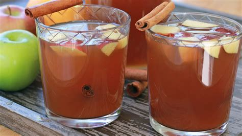 homemade apple cider recipe from scratch divas can cook