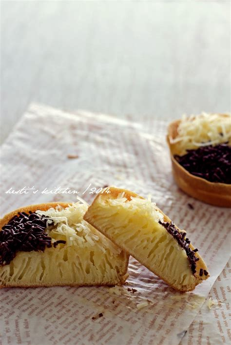 hestis kitchen yummy   tummy martabak bolu mini
