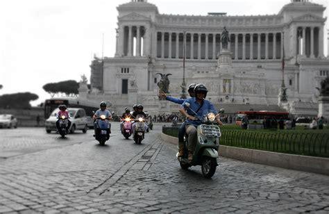 Lu Led Vespa Lx S Kaki 4 selfdrive guided vespa tour dearoma tours