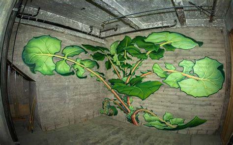 artista se toma la ciudad  majestuosos murales de