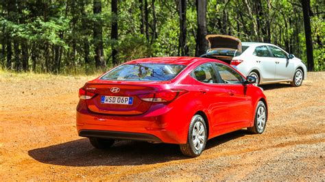 Toyota Cruze Small Car Comparison Toyota Corolla V Mazda 3 V Holden
