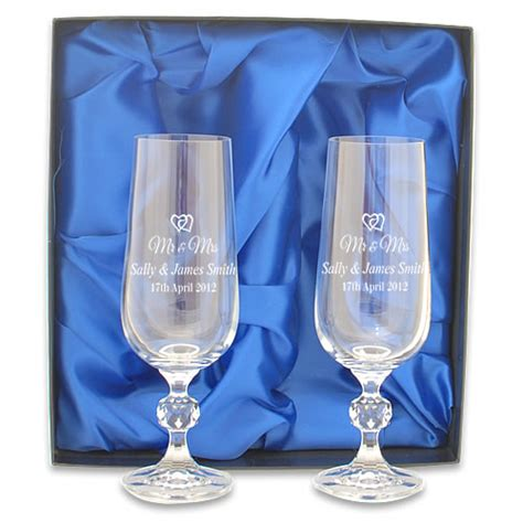 Mr And Mrs Engraved Crystal Champagneutes