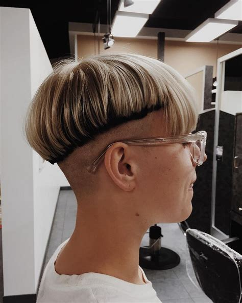 haircut with weight line 1000 ideas about chili bowl haircut on pinterest hair