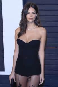 Vanity Fair Coupons Emily Ratajkowski 2016 Vanity Fair Oscar Party Black Dress1