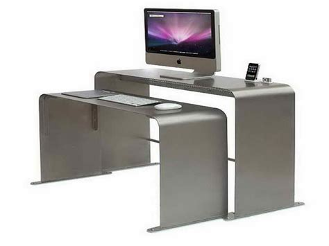 Computer Desk For Small Spaces Great Computer Desks For Small Spaces Home Interior Design