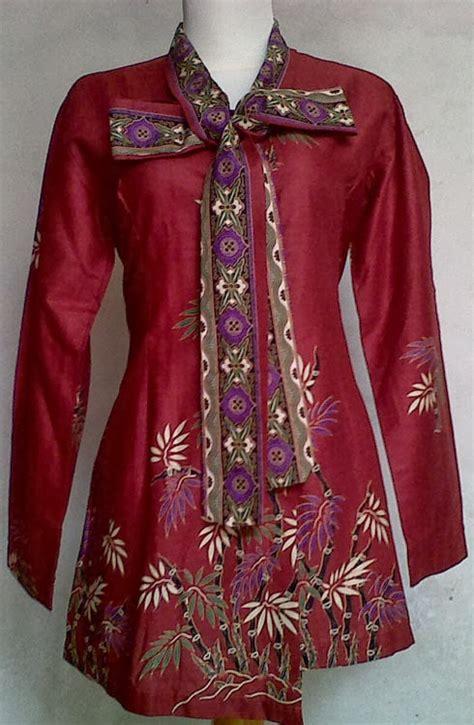 Baju Atasan Wanita Muslim Blouse Raya Top gambar aneka model blus batik untuk kerja model baju