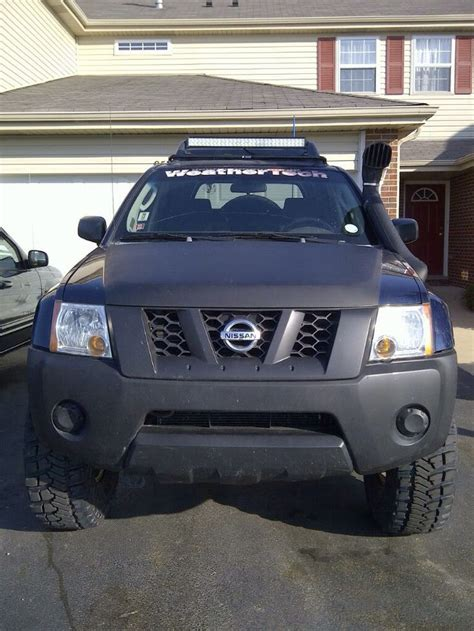 nissan frontier led light bar 21 quot performance series light bar on the roof of a nissan