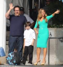 sofia vergara sizzles in skintight turquoise dress as she