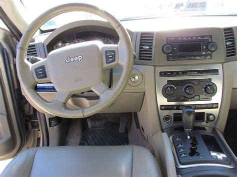 2005 Jeep Grand Laredo Interior by 2005 Jeep Grand Pictures Cargurus