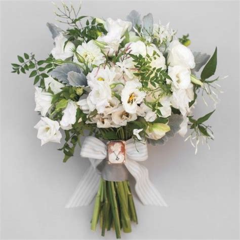 Wedding Bouquet Flower Types by 12 Best Trailing Wedding Flowers Images On