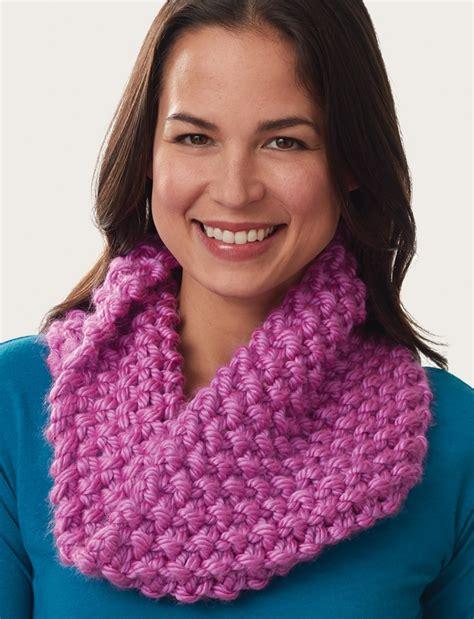 cowl pattern dk yarn super size seed stitch cowl allfreeknitting com