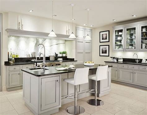 light gray cabinets with dark countertops 17 best images about kitchen worktops on black