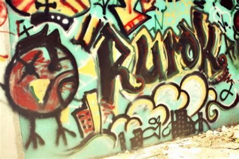 graffiti wallpaper tumblr graffiti wall graffiti backgrounds for tumblr