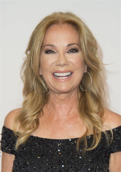kathie lee gifford long curls hair lookbook stylebistro