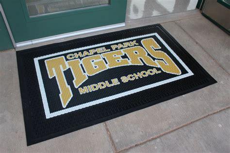 rubber scraper school logo mats  school mats american