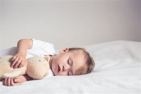 sleep apnea  babies  symptoms  treatment
