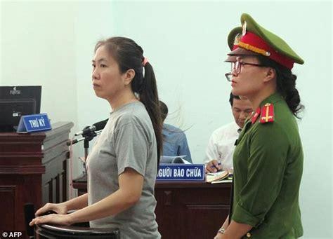Blogger Vietnam | vietnam blogger mother mushroom jailed for 10 years