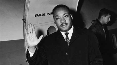 biography martin luther king martin luther king jr an american legend biography com