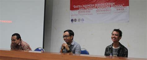 Mata Yang Memberi Azhar Buku Bahasa Indonesia Sastra B56 sastra indonesia universitas airlangga