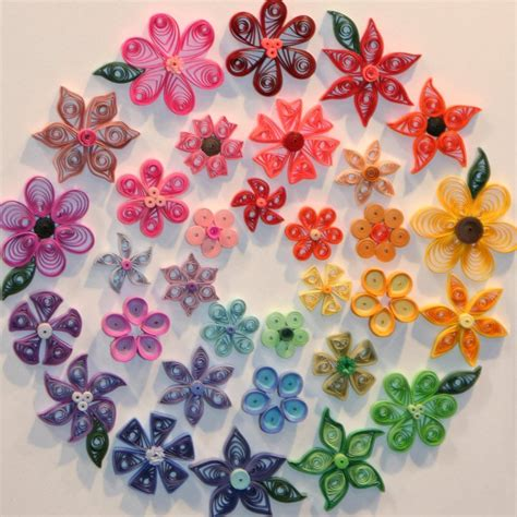 Paper Quilling Flowers - what to do with shredded paper quilling using
