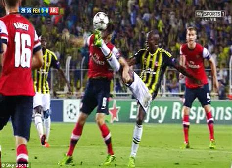 Arsenal Injury Room by Laurent Koscielny Injured For Arsenal Against Fenerbahce