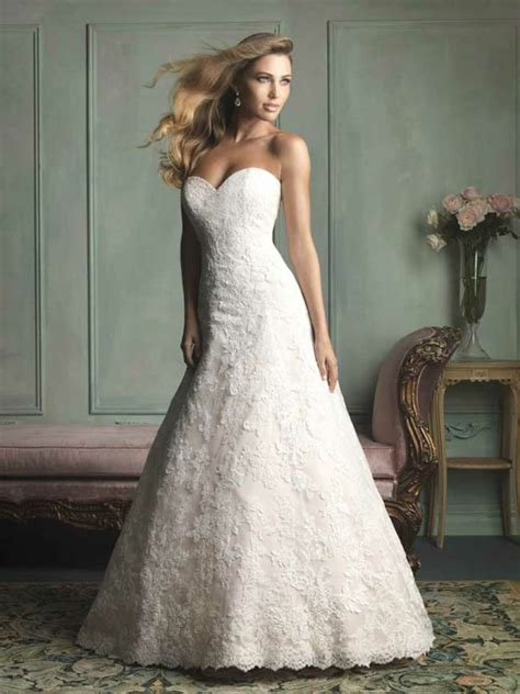 Brautkleider Aus Spitze by Hochzeitskleider Mit Spitze M 228 Rchenhafte Hochzeitsfeier