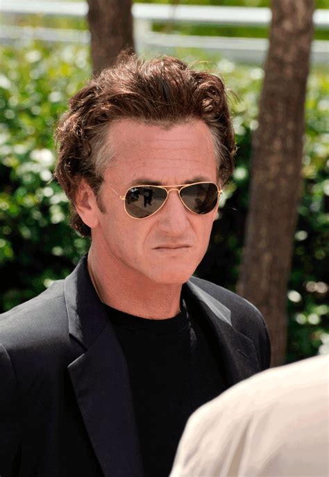 sean penn hairstyles sean penn s mysterious hair hollywoodhairloss