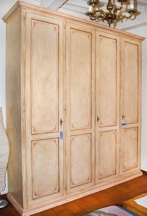 armadio quattro ante armadio quattro ante con decori lorenzini mobili