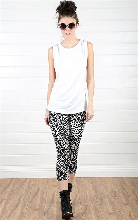 what to wear with patterned leggings 4 fun ways to wear printed leggings miss sassy girl