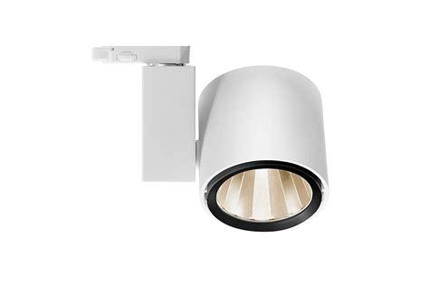 trilux illuminazione ladenbeleuchtung schaufensterbeleuchtung trilux