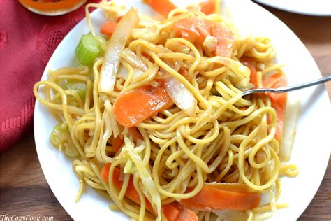 Easy Dinner Party Main Dishes - copycat panda express chow mein the cozy cook